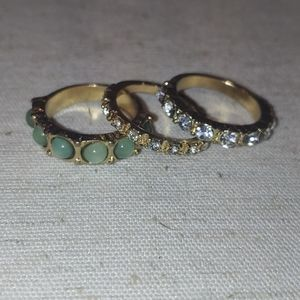 Jewelry - Gold rings
